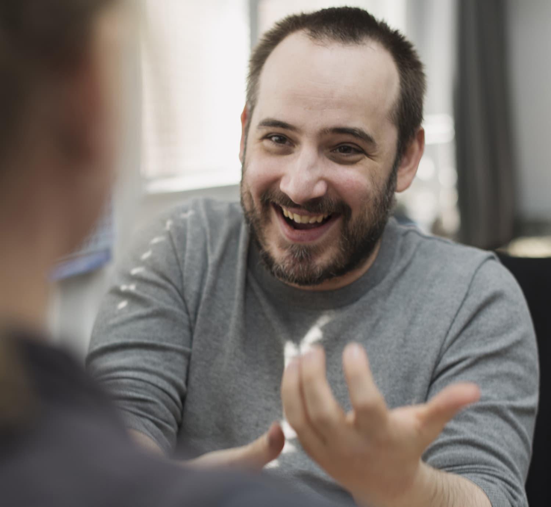 Kommunikation hilft, die Isolation von taubblinden Menschen zu durchbrechen