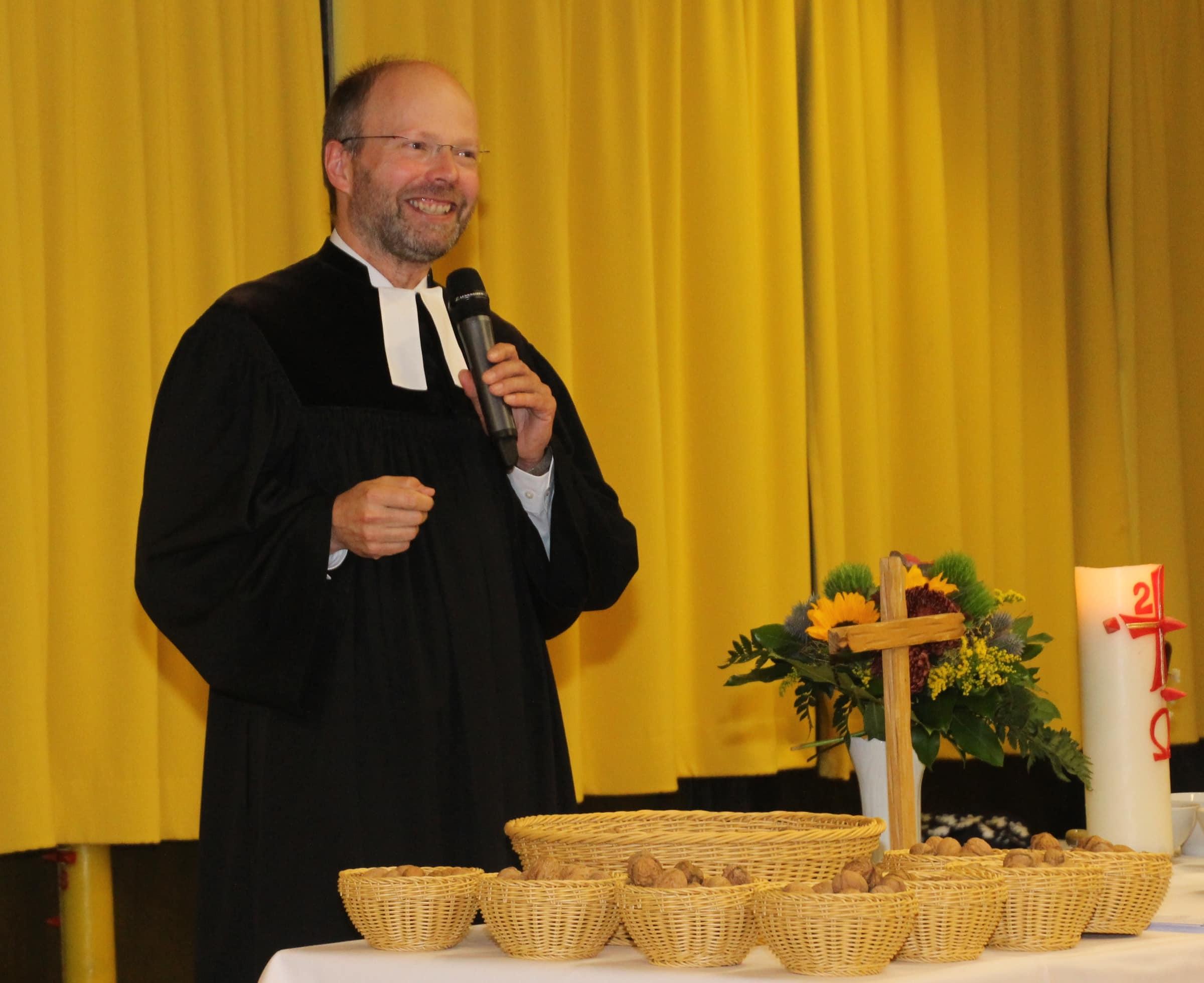 Pastor Christian Ratz