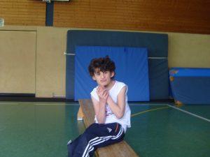 """Das """"Spielturnen"""" für taubblinde oder hörsehgehinderte Kinder findet regelmäßig nachmittags in der Sporthalle der Förderschule statt"""