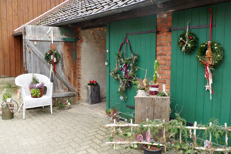 Eingang in die Weihnachtsscheune