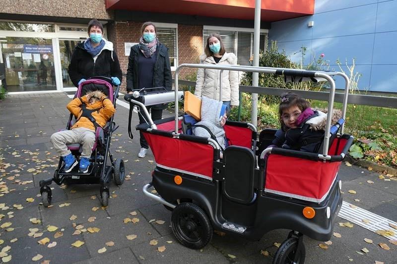 Motorisierter Transportwagen für Kinder